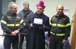 Monsignor Gristina visita il distaccamento del Vigili del Fuoco di Paternò