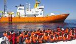 Naufragio migranti, superstiti su nave Aquarius: 21 persone annegate