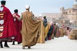 """Piazza Armerina, dal 12 al 14 agosto rivive il Palio dei Normanni: la """"cavalcata"""" tra storia e leggenda"""