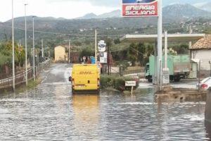 Adrano, con la pioggia è tornato il 'lago' della Naviccia: bomba d'acqua ingestibile per il sistema di sollevamento