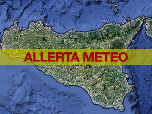 Maltempo, in Sicilia permane rischio meteo fino alle 24 di domani: da lunedì mail per segnalazione danni