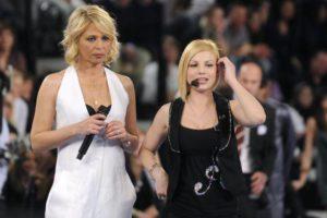 """Emma Marrone esordisce come giudice di 'X Factor': """"Non ho tradito Amici. Con Maria De Filippi ci vogliamo bene"""""""