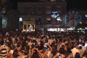 """Adrano, niente Volata dell'Angelo il 3 agosto: in Piazza Umberto non sentiremo """"Silenzio popolo. Salve o Nicola"""""""