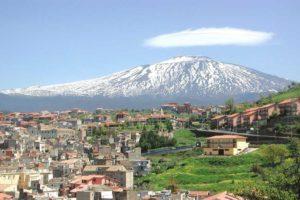 Bronte, Comune concorre a bando europeo per la fruizione turistica dell'Etna: 'qr code' e 'app' per chi visita la città
