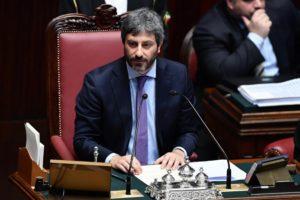 """Bonus Covid, appello di Fico ai 5 deputati percettori: """"Si scusino e rinuncino"""""""