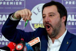 Salvini 'convoca' a Catania tutti i parlamentari del Carroccio per l'inizio del processo nei suoi confronti