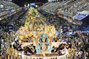 Coronavirus, rinviato il Carnevale di Rio de Janeiro: non succedeva da un secolo
