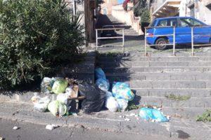 Paternò rischia di diventare la città delle 100 discariche abusive: ecco la mappa dei 'depositi' di rifiuti