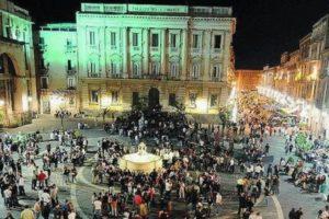 Catania, la Prefettura studia il piano anti-Covid: Comune pronto a vietare alcolici dopo le 23