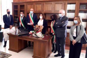 Biancavilla, visita istituzionale del ministro Catalfo: Monte Calvario, SS. 284 e Aree interne i temi trattati