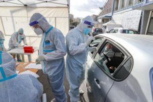 Coronavirus, a Palermo drive-in per i tamponi rapidi agli studenti: in tre giorni 3 mila test e 255 positivi