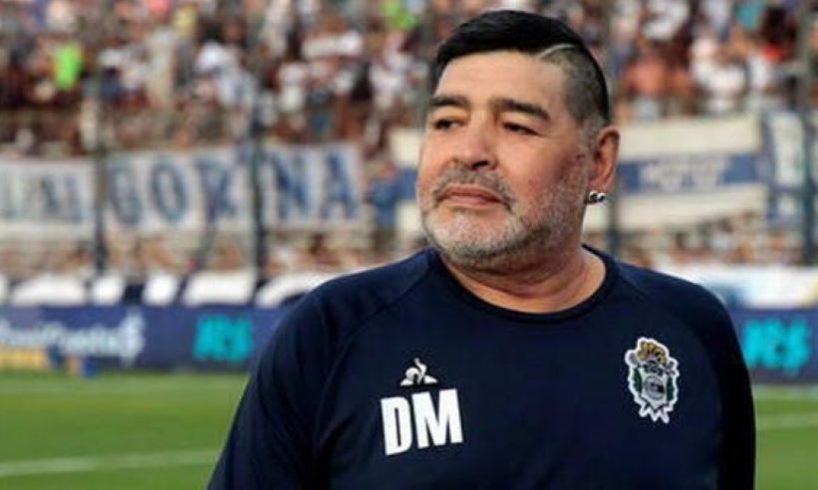 Maradona ricoverato in clinica: non è Covid ma depressione