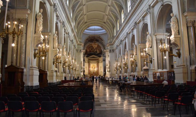 """Covid, M5S chiede ad Arcivescovo di Palermo di sospendere le messe: """"Per alcune settimane"""""""