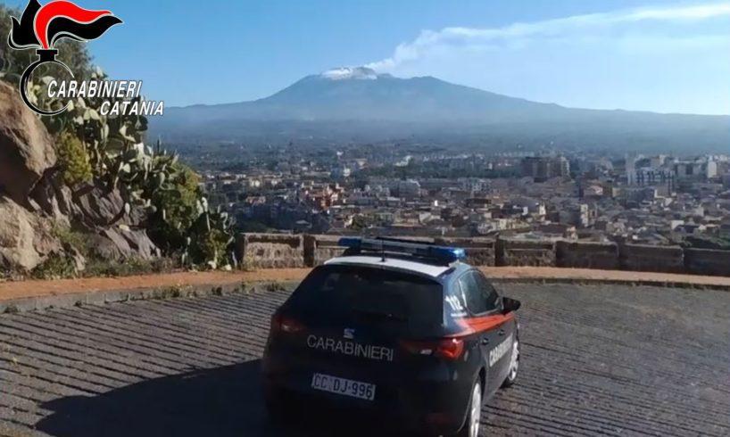 Paternò, maltratta la moglie davanti ai figli e minaccia i carabinieri: 34enne arrestato in flagranza