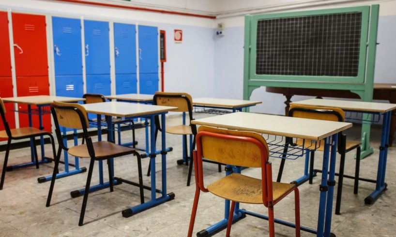 Paternò, centinaia di mamme chiedono 'tavolo di concertazione' su 'scuole aperte' in tempo di Covid