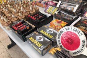 Catania, GdF sequestra 3 mila fuochi d'artificio illegali: tra queste le 'cipolle' ad alto potenziale esplosivo