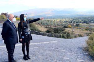 Bronte, Firrarello rilancia l'idea del terzo polo turistico sull'Etna: da Monte Scavo verso la Montagna