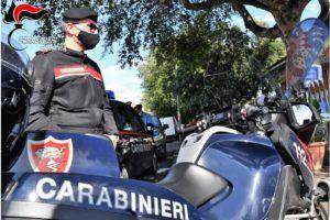 Catania, ladro d'auto in pigiama e con le mani sporche di grasso: arrestato