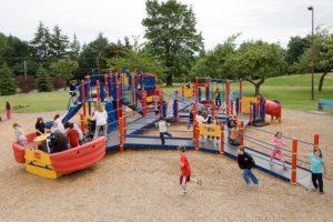 A Paternò e Palagonia finanziati 2 parchi giochi inclusivi: per i bambini disabili