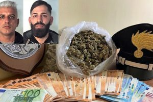 Catania, 2 spacciatori in manette nel quartiere San Cristoforo: in un sacco trovati 600 gr. di marijuana
