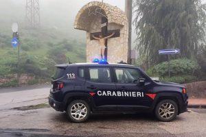 Castel di Iudica, padre e figlio positivi al covid fanno un giro in auto: denunciati