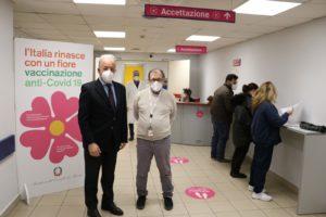 Catania, al 'Cannizzaro' attivi i nuovi ambulatori per la vaccinazione: 4 box e assistenza specialistica
