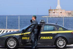 Mafia, GdF sequestra beni per 1 mln a mafioso e a ex consigliere nel Messinese