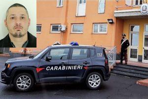 Adrano, 37enne ai domiciliari sorpreso in via Della Regione: arrestato