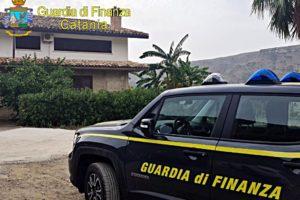 Palagonia, GdF sequestra beni a un mafioso della 'famiglia' di Caltagirone: partecipò a 4 summit (VIDEO)