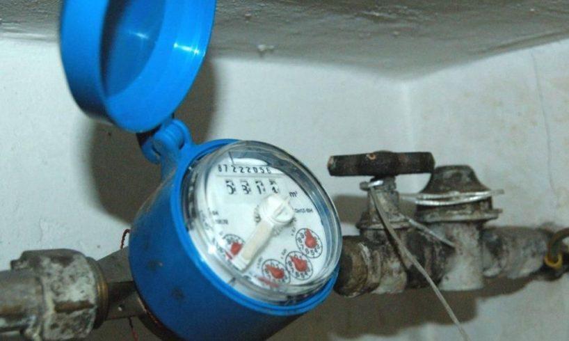 Adrano, allacci idrici abusivi nella case popolari: 6 persone denunciate
