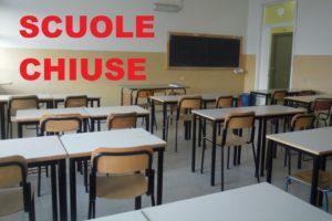 """Paternò, lettera di 100 cittadini contro Naso che chiude le scuole: """"Prefettura intervenga, si apra indagine"""""""