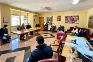 Paternò, crisi da covid: sit-in di protesta di un gruppo di commercianti. La solidarietà del sindaco