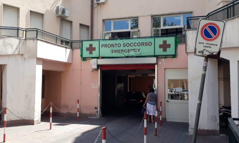 """Paternò, lettera-denuncia sull'ospedale: """"Invitano i pazienti ad andare a Biancavilla, lì sono più attrezzati"""""""