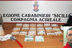 Viagrande, spacciatore 30enne arrestato in flagranza: in casa nascondeva 20 mila euro