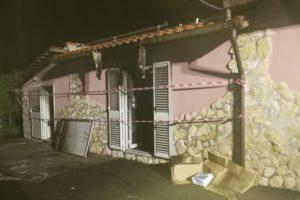 Paternò, incendio in una casa di via Caduti di Russia: anziana messa in salvo