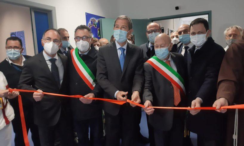 """Bronte, Musumeci inaugura il nuovo Pronto Soccorso: """"Più attenzione per gli ospedali periferici"""""""