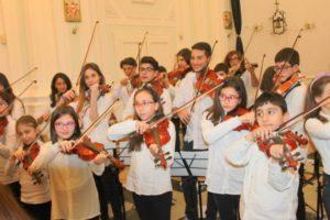 """Catania, UniCredit dona strumenti musicali ai bambini dell'Orchestra Falcone e Borsellino. Malandrino: """"Solidarietà ci sta a cuore"""""""